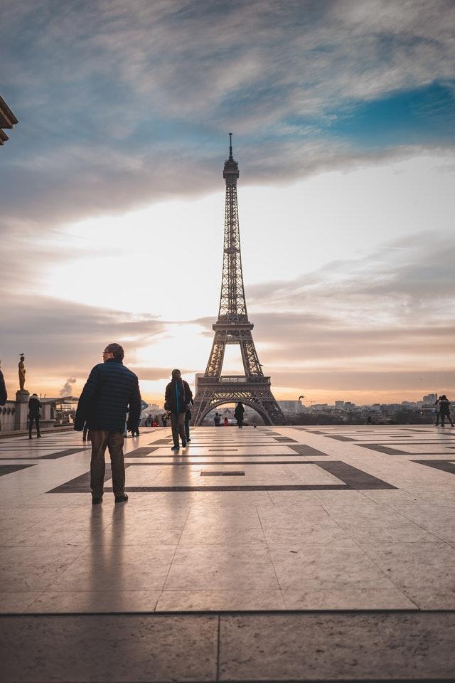 20 Kata Bijak Bahasa Perancis Penuh Makna Pascal Edu